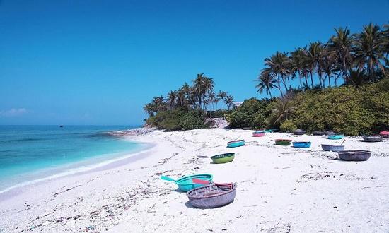 Image result for Bãi biển Sơn Đừng