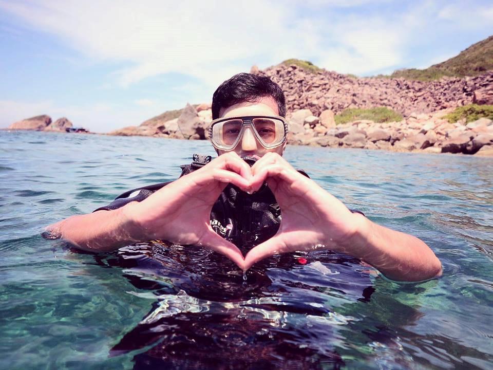 lan-bien-9 Thú Vui Lặn Biển Khám Phá Đại Dương Vịnh Nha Trang Cẩm Nang Chưa được phân loại Đia Danh Du Lịch Tin Tức  Scuba Diving Lặn Biển Hòn Mun