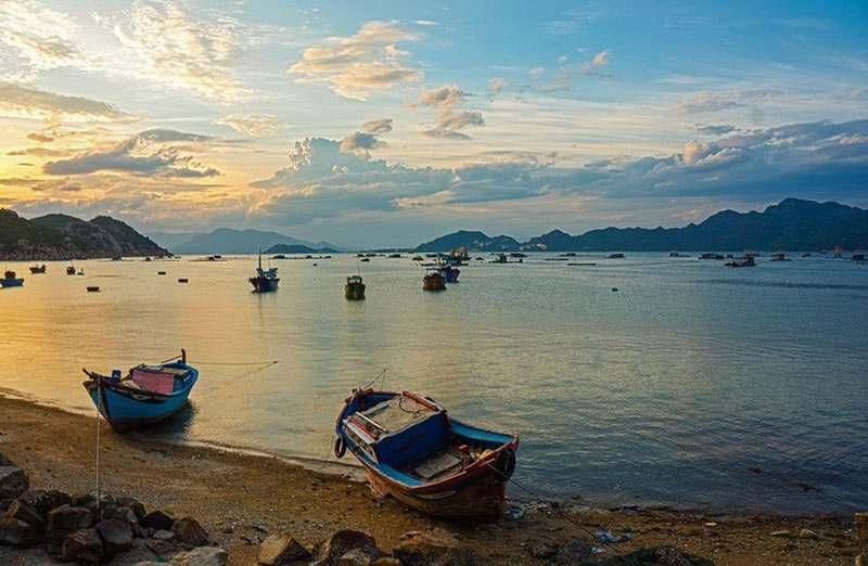 Binh-Ba-2 ĐẢO QUỐC TÔM HÙM BÌNH BA Đia Danh Du Lịch  Vịnh Cam Ranh Tour Bình Ba Thông tin Nha Trang Đia Danh Nha Trang Đảo Bình Ba Du Lịch Nha Trang