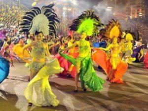 vu-doan-caravan-300x225 Festival biển Nha Trang 2019 : có gì đặc biệt tại làng Yến Mai Sinh. Tin Tức  Làng Yến Mai Sinh Fetival Biển Nha Trang