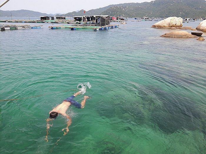 Làng Bè Khải Lương làng nổi trên vịnh Vân Phong - Khánh Hòa