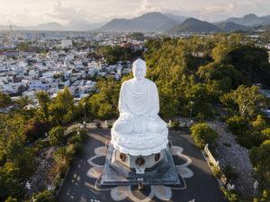 """Du lịch Nha Trang""""ngủ đông"""" giữa mùa hè!"""